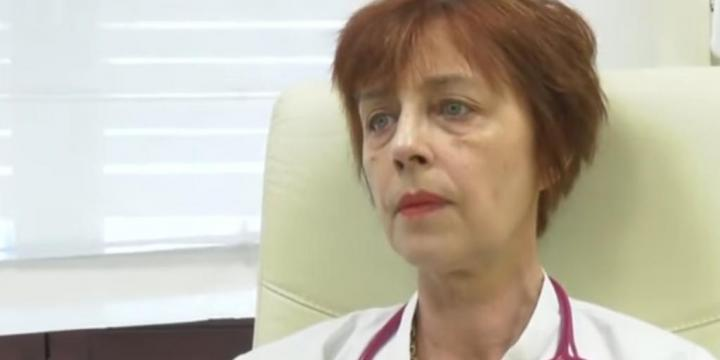 Romanian doctor says she cures '100 percent' of COVID patients